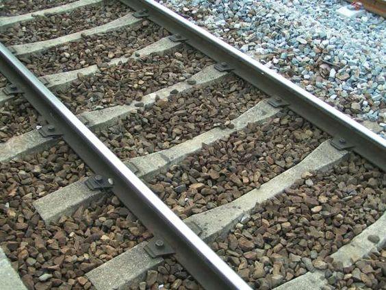 track de chemin de fer