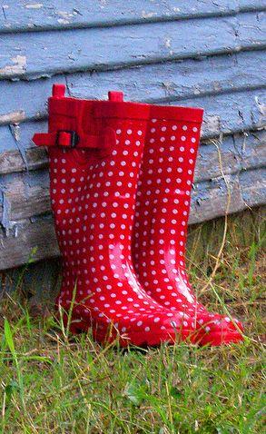 Polka dots boots