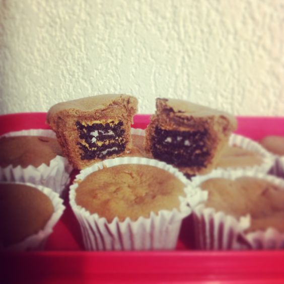 Chocolate oreo and peanut butter cupcakes ? Im totally in !!!