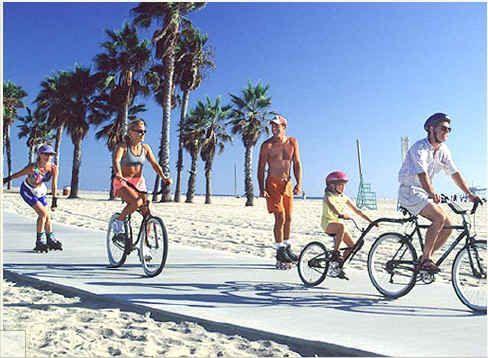 That S How We Roll Best Family Biking In Los Angeles Family Bike Santa Monica State Beach Santa Monica