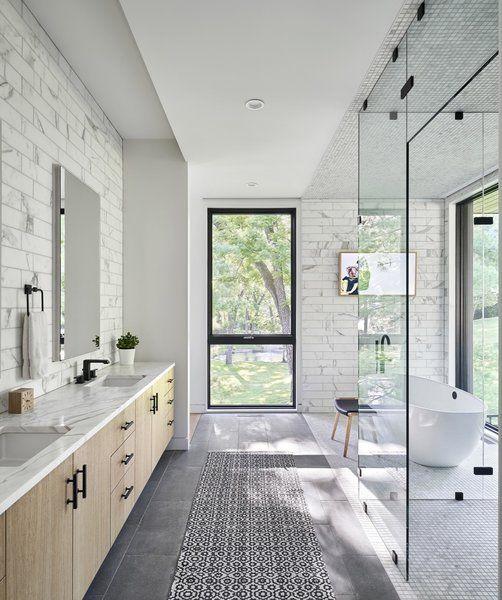 21 Amazing Narrow Bathroom Ideas Long Narrow Bathroom Narrow Bathroom Narrow Bathroom Designs