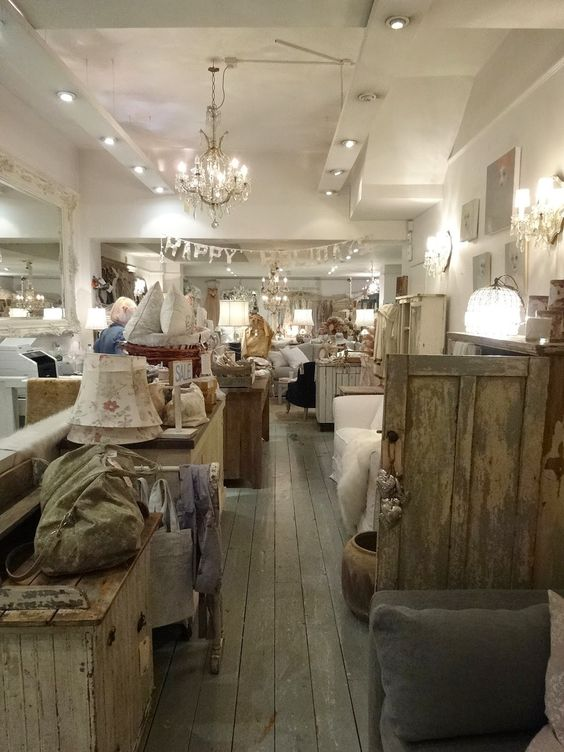 Rachel ashwell shabby chic couture london favorites for Rachel ashwell house