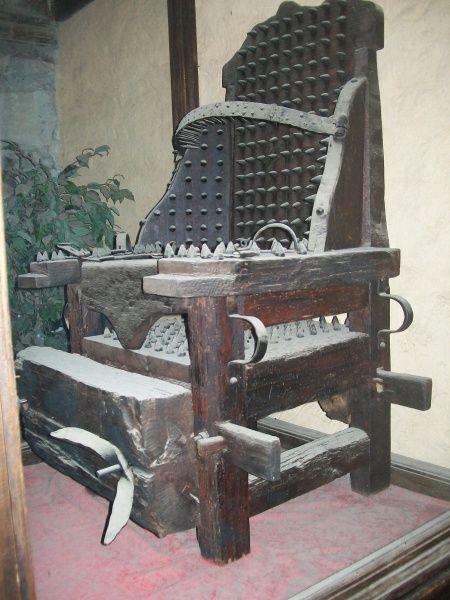 Instrumentos  de tortura reales Eee869071b01e9a4c598117c020d652b