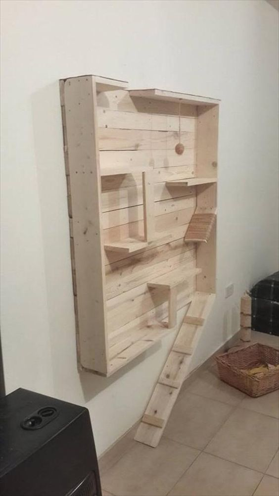 Reclaimed Pallet Cat #Playhouse | 99 Pallets