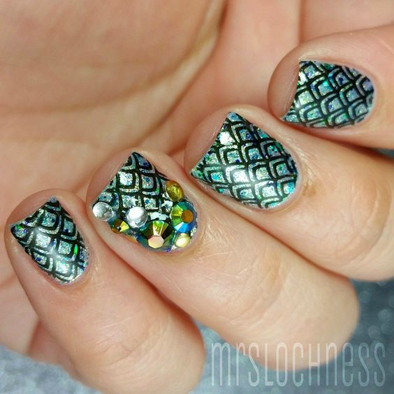 awesome skale nails by @mrslochness as she used Nail Stamping Plate MM21 from www.messymansion.com.au