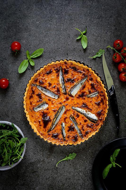 Quiche Au Thon Et Aux Sardines Recette Facile Du Placard Un Dejeuner De Soleil Recette En 2020 Sardines Recettes Quiche Au Thon Pate Pour Quiche