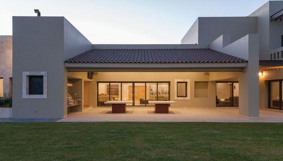 Casa moderna y c lida casa pinterest m xico - Arquitectos casas modernas ...