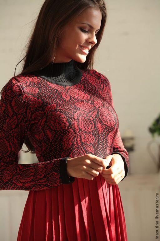 """Купить Платье """"Red flowers"""" - бордовый, вязаное платье, Жаккардовый узор, жаккардовое платье, жаккард"""