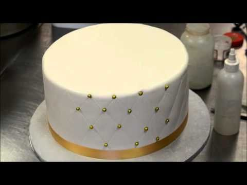 How to make Diamond Patterns on Cake with Eatable Dots - YouTube