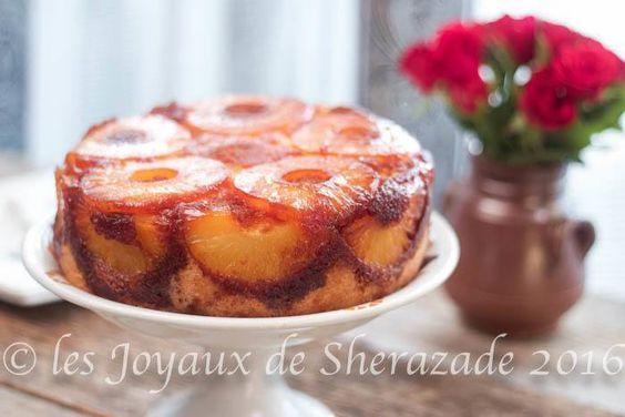 Gâteau à l'ananas renversé facile Le gâteau renversé à l'ananas Le genre de gâteau que l'on aurait fait au moins une fois dans sa vie. Un gâteau qui était