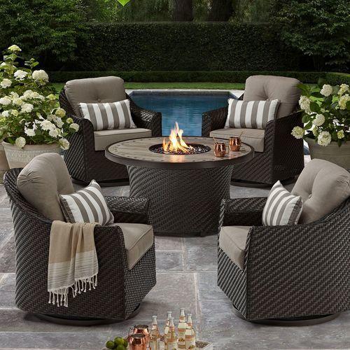 outdoor patio decor