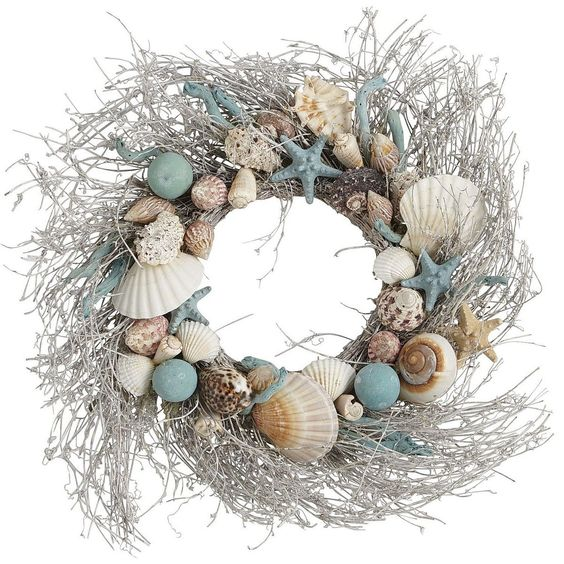 Purple Hues and Me: Seashell Wreath