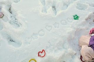 Patterns in the snow + A few other snowy day ideas