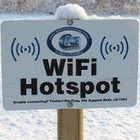 Vous partez en vacances ou en déplacement professionnel, découvrez comment se connecter en Wifi gratuitement, si vous êtes un abonné Free ou SFR. Pour tous leurs abonnés Freebox et NeufBox o...