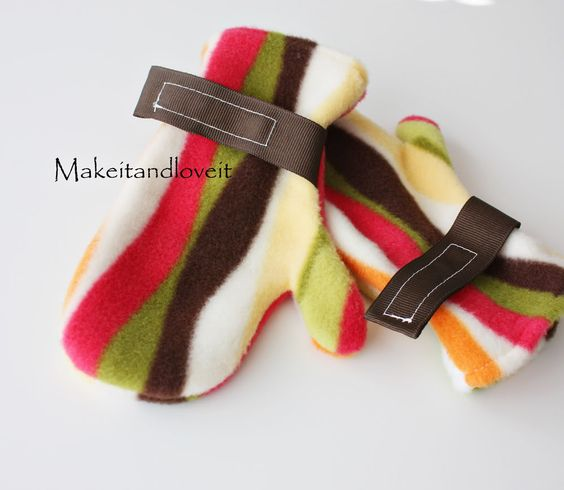 Fleece Mittens: make your own fleece mittens for your little one.   www.makeit-loveit...