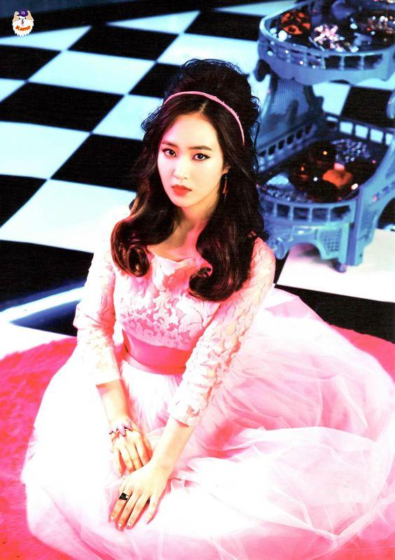 Yuri Girls Generation SNSD Mr Mr