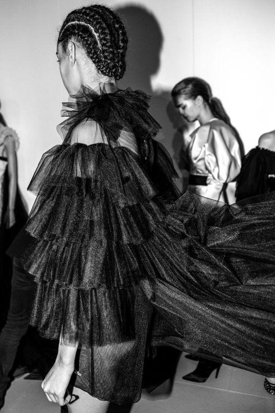 Giambattista Valli fall-winter 2016-2017 haute couture runway show