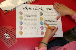 Mrs. Lee's Kindergarten: Mitten Centers & a Giveaway!