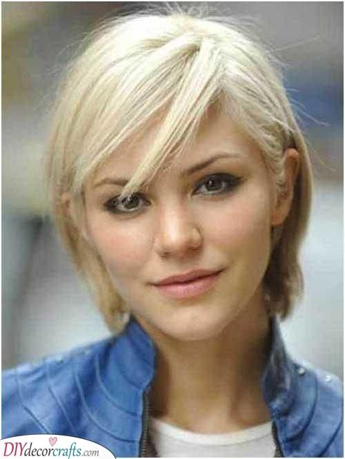 Cute Short Hairstyle Perfect For Summer Thin Straight Hair Short Thin Hair Short Haircuts Fine Hair