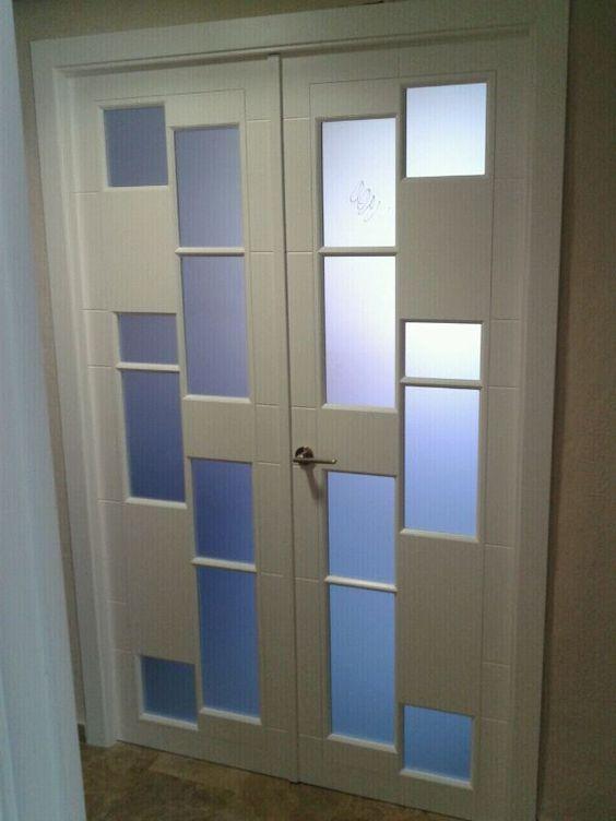 Puerta doble 5041 vh con cristal mate puertas lacadas en for Puertas doble hoja interior madera