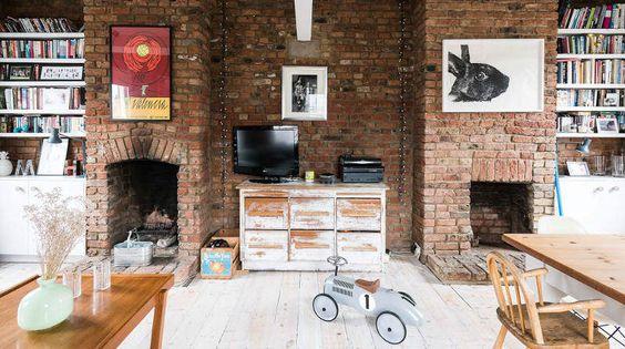 Casa rústica com tijolinho aparente é perfeita para qualquer família - limaonagua