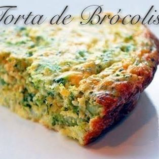 Torta de brócolis (insta @amandaguimaraesfit). 1/2 brócolis picado cru. 4 ovos. 1 copo iogurte natural (ou 1 cx creme de leite). 1 cebola em rodelas. 1cs queijo parmesão ralado. Sal e tempero a gosto. cont...