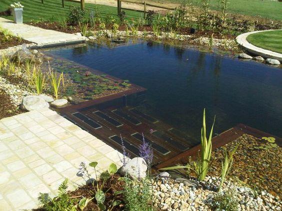 17 piscinas naturales que desear as tener en tu patio for Piscinas naturales