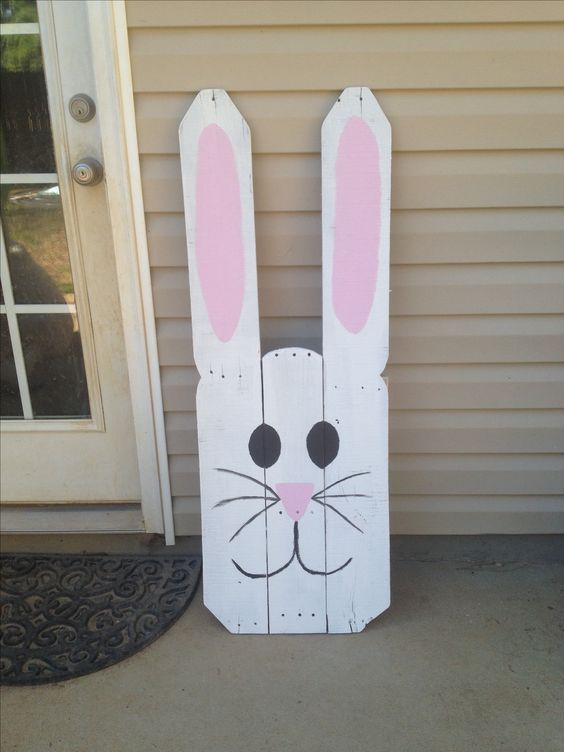 Pallet easter bunny easter pinterest a well this for Wood art craft ideas
