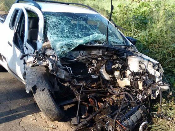 DE OLHO 24HORAS: Ônibus de banda de forró se envolve em acidente e ...