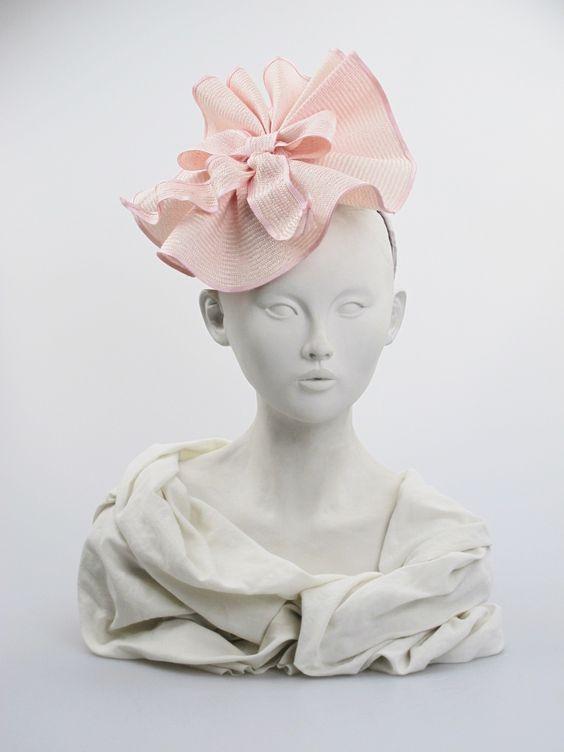 http://www.hatwoman.hk/shop/img/p/905-2988.jpg