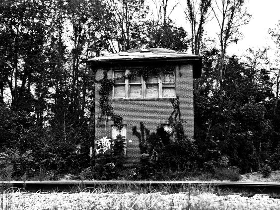Abandoned railroad switch house on the old b railroad currently csx in