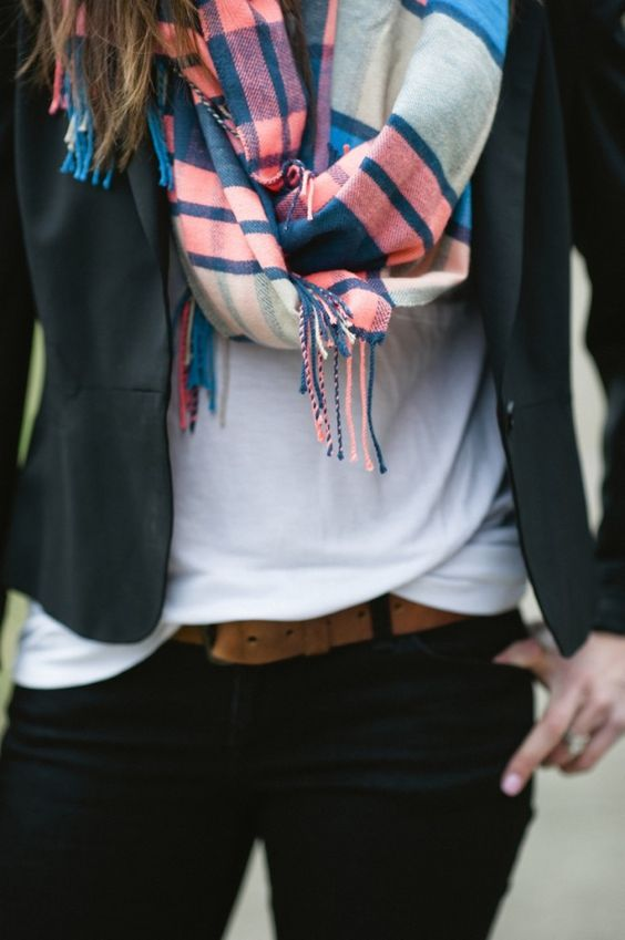 A Gap scarf and tee as featured on the blog Lou What Wear.