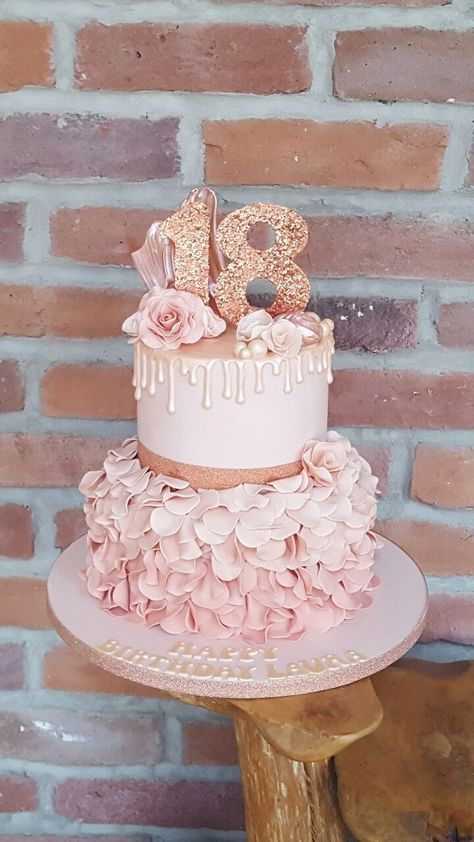 Rose Gold Cake Drip Cake 18th Birthday Cake Bday 18th Bday Birthday Pasta Dugun Dugun Pastalari Dogumgunu Pastalari