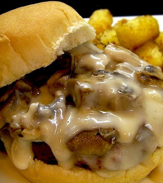 Recipe For Copycat Hardees Mushroom and Swiss