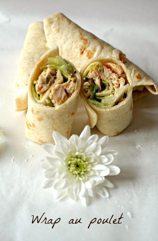 Pour un apéro , un pique nique ou un repas léger, voici une recette facile de wrap poulet, à grignoter avec les doigts sans se priver !