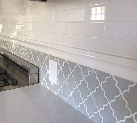 Arabesque tile arabesque and subway tiles on pinterest for Arabesque tile backsplash