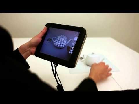 que louco!! um campo elétrico ao redor da pele é capaz de gerar sensações (novas texturas) no toque. - Revel: Programming the Sense of Touch