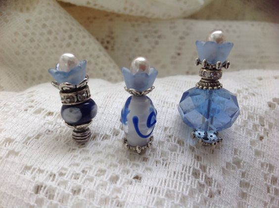 Handmade blue flower decorative stick pins. by Craftyhandsdesigns