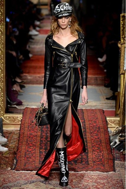 Moschino Autumn/Winter 2016-17 Ready-To-Wear