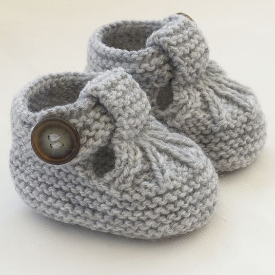 Hand Knitted Baby Shoes - Booties by The Wool Fairy