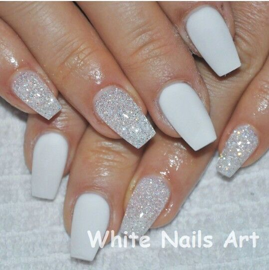 White Nails and Artistic Nail Styles nailart whitenails