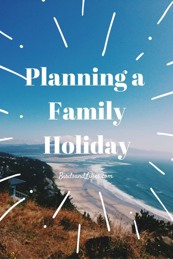 Are you longing for summer and thinking about starting to plan a lovely summer holiday? Check out these great tips for when you are travelling with kids, and why staying in a villa as a family is perfect for a relaxing and enjoyable time for all of you | Birds and Lilies