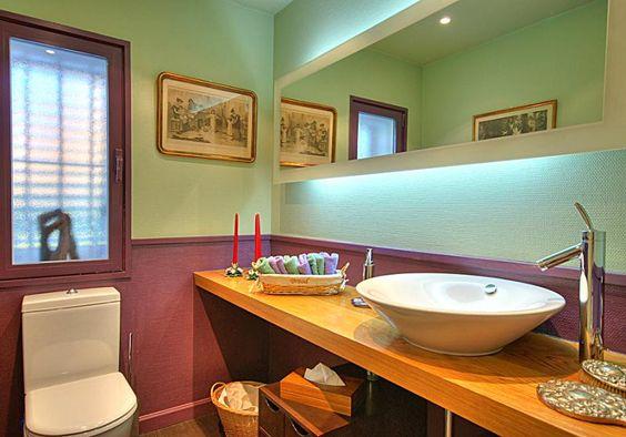 Baños Modernos Acabados:Baño moderno, acabados de #lujo Tono lila #Chalet en Urbanizacion