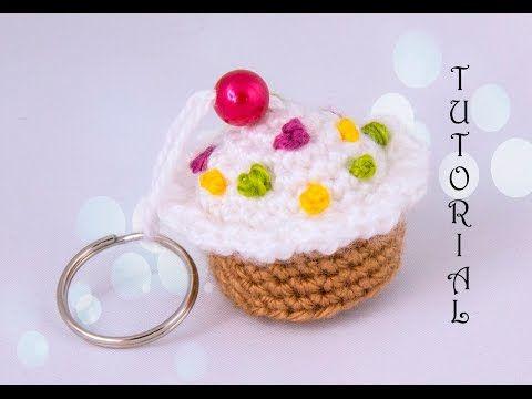 Babeczka na szydełku. Breloczek. Crochet birthday cupcake. Keychain. - YouTube