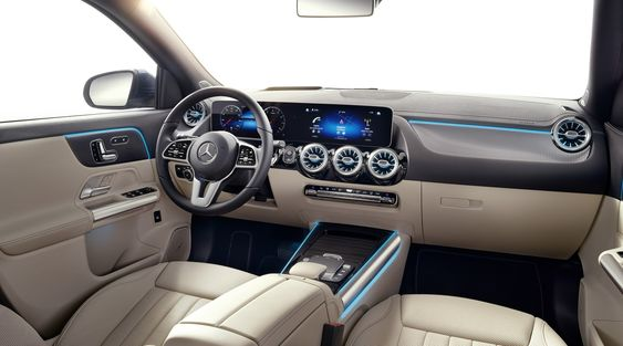 2020 Mercedes Gla Arrives In The Uk With A 32 640 Price Tag Mercedes Gla Mercedes Benz Gla Benz