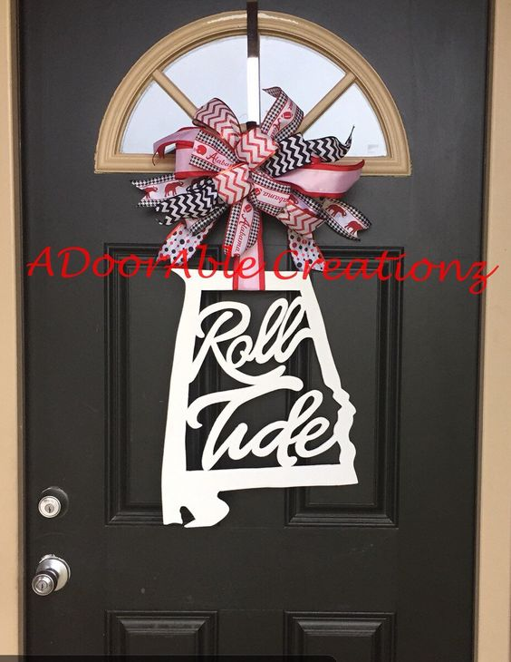 Alabama Roll Tide State Door Hanger, State of Alabama Door Hanger, Roll Tide Door Hanger, Alabama Door Hanger by ADoorAbleCreationz on Etsy https://www.etsy.com/listing/241365498/alabama-roll-tide-state-door-hanger