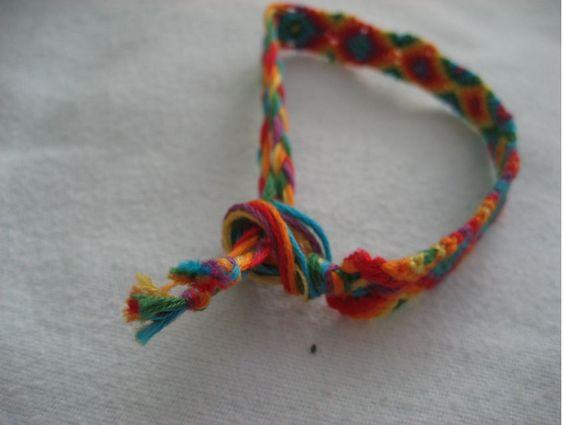 sliding knot tutorial friendship crafts bracelets necklaces pinterest. Black Bedroom Furniture Sets. Home Design Ideas