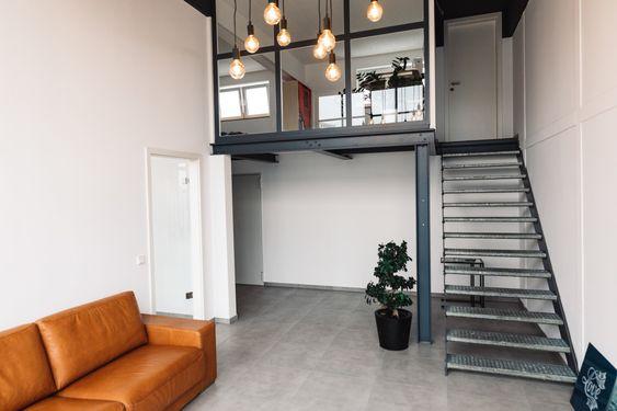 Koln Bietet Arbeitsplatze In Deutz Mit Stylischem Loft Design