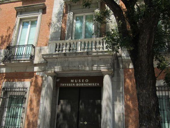 Museo Thyssen-Bornemisza, acceso Plaza de las Cortes. Madrid by voces, via Flickr