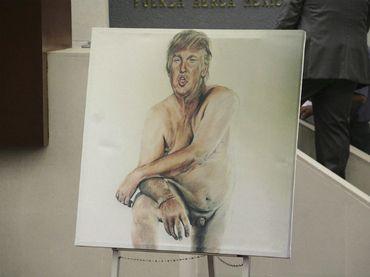 Donald Trump, desnudo en Londres http://noticiasdechiapas.com.mx/nota.php?id=83059